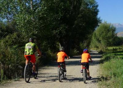 SLIDE 01 ruta bicicleta ideal familia tracks cicloturismo facil excursion niños pequeños btt Cerdanya Pirineos gps track