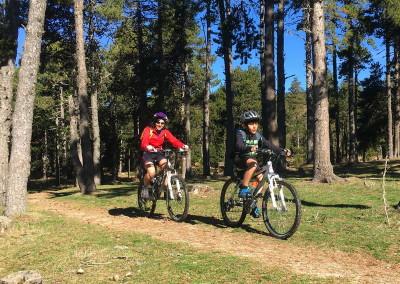 SLIDE 04 ruta bicicleta ideal familia tracks cicloturismo facil excursion niños pequeños btt Cerdanya Pirineos gps track
